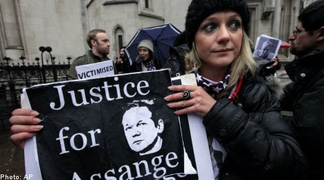 Assange granted bail as court rejects appeal