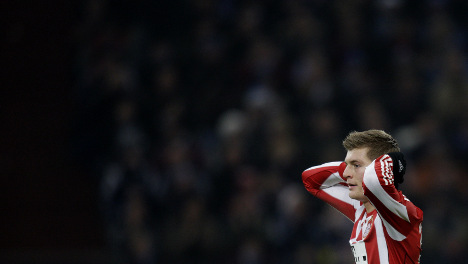 Bayern's defeat by Schalke leave them trailing in Liga stakes
