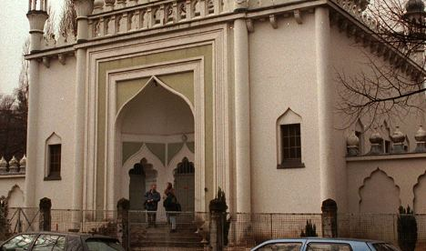 Arson attacks against Berlin mosques continue