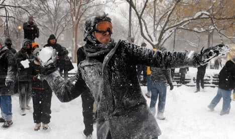 Huge snowball fight called off amid crowd concerns