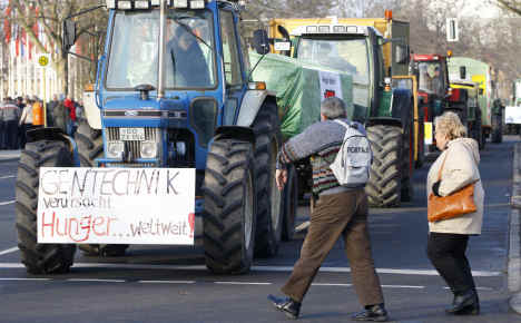 Thousands protest industrial agriculture during Green Week