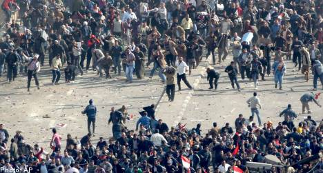 Swedish journalists attacked by Cairo mob