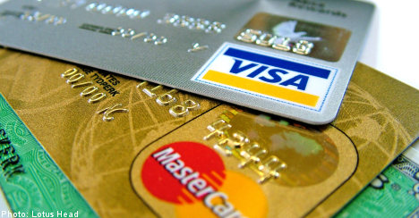 Thief caught after forgetting credit card