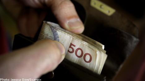 Swedes suffer drop in disposable income