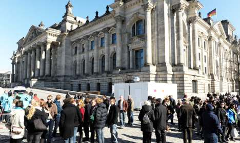 Bundestag blackout – MPs without WCs