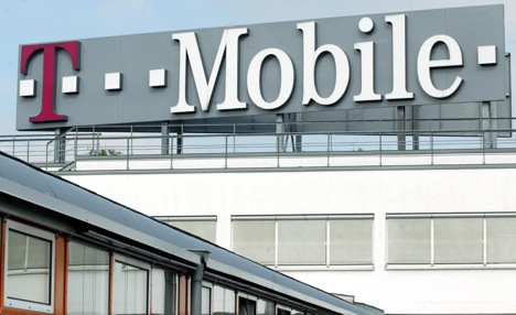 AT&T to buy T-Mobile USA for $39 billion