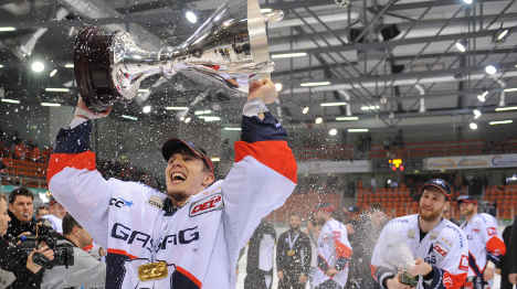Berlin takes fifth national hockey title