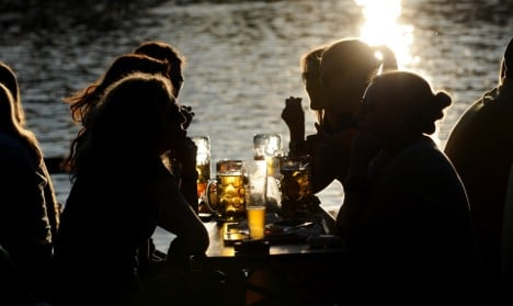 Sunny weather puts a head on flat beer industry figures