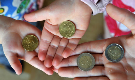 Government will prompt welfare families to get help for children