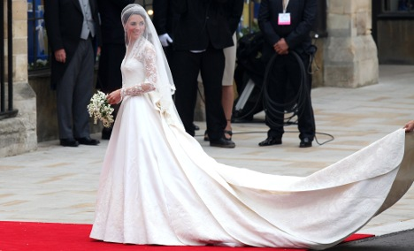 Lagerfeld approves Kate's 'elegant and chic' bridal gown