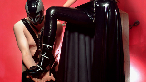 Booty haul: thieves clean out dominatrix studio