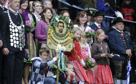Bavarians mourn mysterious death of their Swan King
