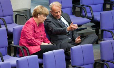 Greens mull supporting Merkel on nuclear exit