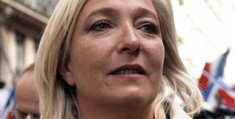Marine le Pen backs father's Norway comments