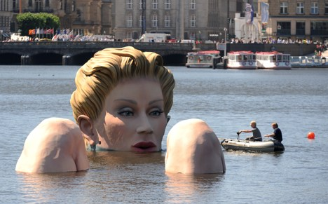 Giant water nymph causes a stir in Hamburg