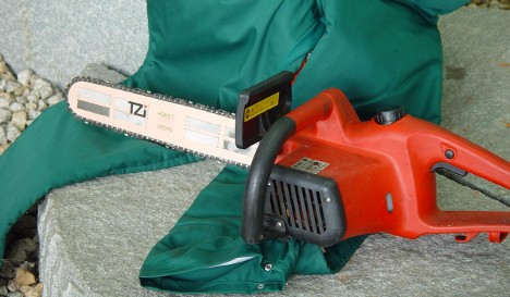 Techno trousers get smart enough to switch off chainsaw in emergency