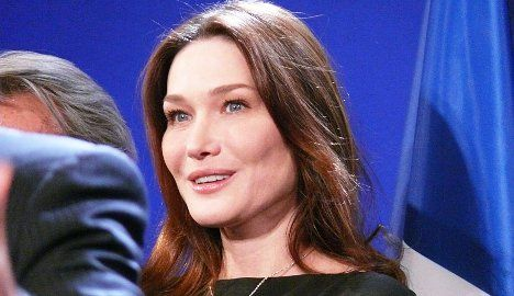 Carla Bruni expected to give birth in 10 days