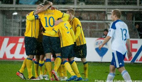 Sweden secures Euro 2012 playoff spot