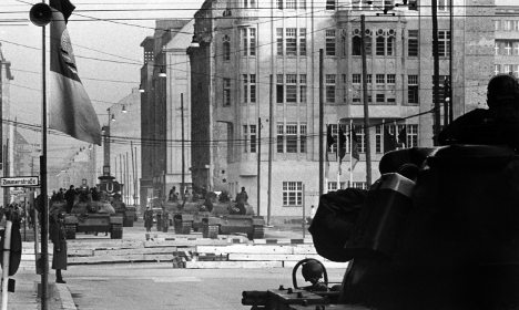 Nervy Checkpoint Charlie stand-off remembered