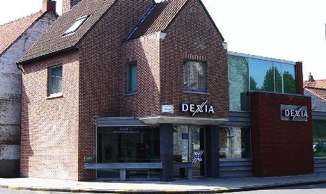 Dexia account-holders pull €300m from bank