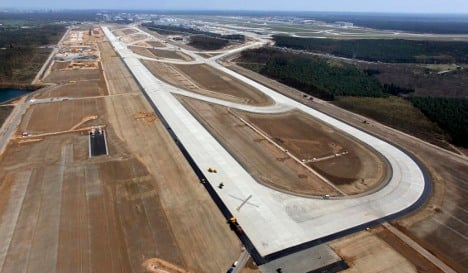 Frankfurt Airport expands with new runway