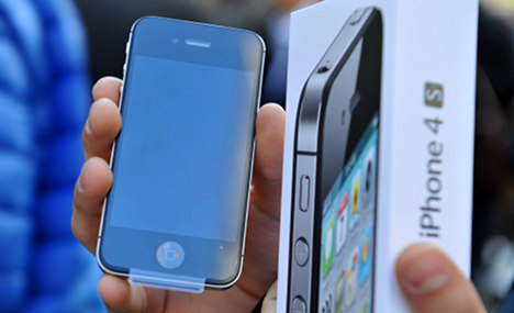 Apple faces ban on iPhone and iPad sales