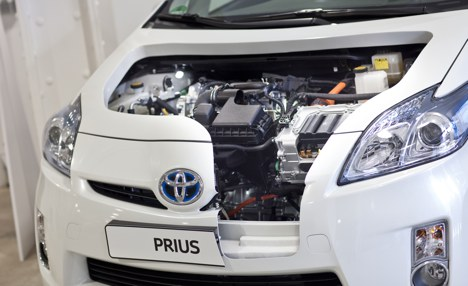 Toyota discusses green car alliance with BMW