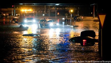 Motorists trapped in flooded Gothenburg