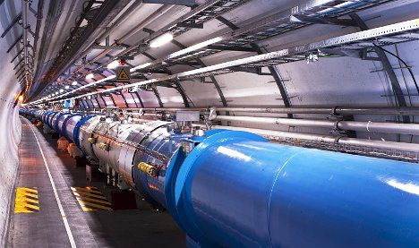 New variant found in hunt for 'God particle'