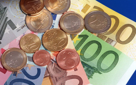Germany rakes in record tax income