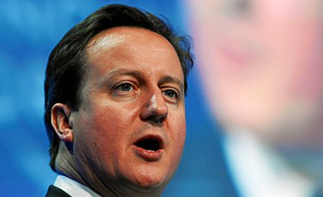 French banks should come to Britain: Cameron