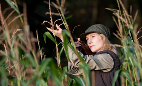 Women discover thrill of the hunt