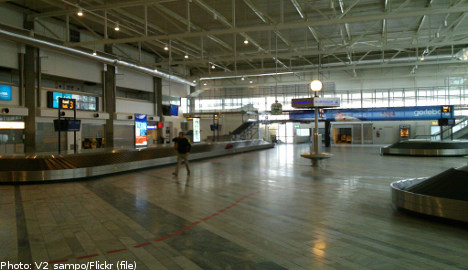 German 'tourist' leaves airport home for job offer