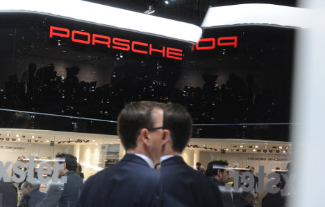 Porsche managers charged with credit fraud
