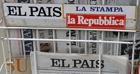 Foreign press sees writing on the wall for Sarkozy