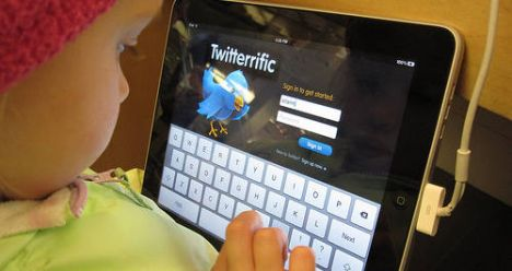 iPads for kids? Experts warn of risks