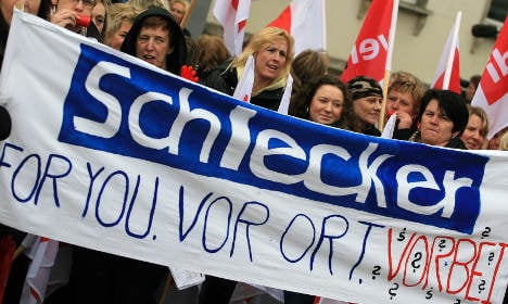 Schlecker offers laid-off workers €500