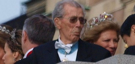 Swedish king's uncle dies at 95