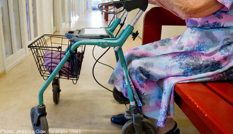 101-year-old woman scares off thief with stick