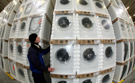 'Made in Germany' goods help dodge recession