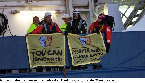Greenpeace protesters occupy Arctic-bound ship