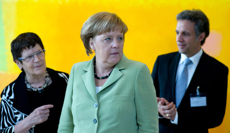 Merkel: EU political union first and foremost