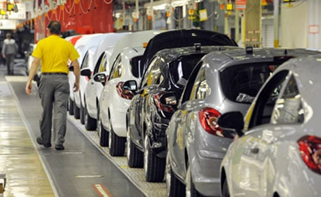 Car workers get early night to watch football