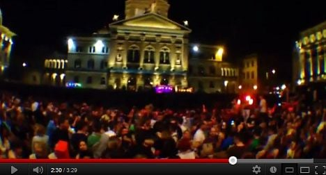 Illegal Bern street party attracts 10,000 revellers
