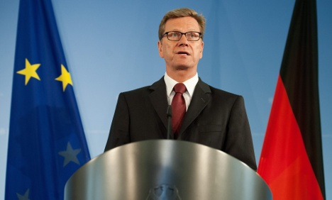 Foreign Minister: play nice over euro crisis