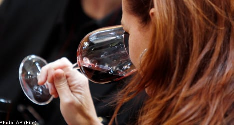 Alcohol reduces risk of arthritis in women: study