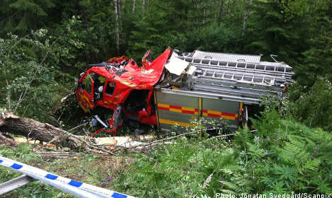 Firefighters dead after truck plunges into ravine