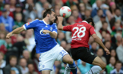 Hannover and Schalke draw as season begins