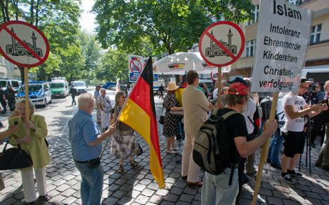 Far-right activists stage anti-Muslim protest