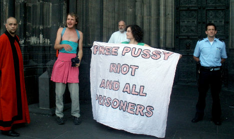 Pussy Riot copycats sing in Cologne Cathedral